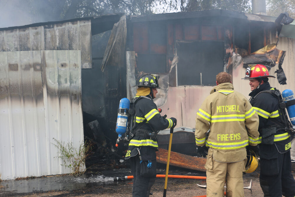 Fire destroys Mitchell mobile home