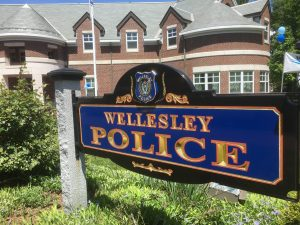 Wellesley Police log: Rocky relationship between neighbors; laptop goes missing from home; money gone from locker – The Swellesley Report