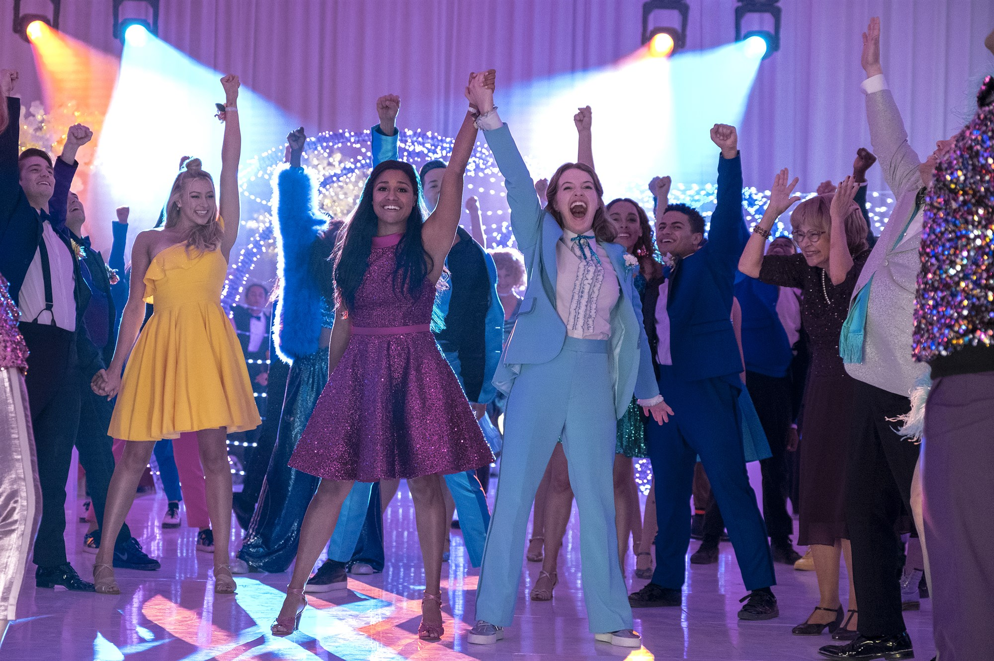 Netflix's musical The Prom is a cute, LGBTQ+-positive romp but is light on depth. - Netflix